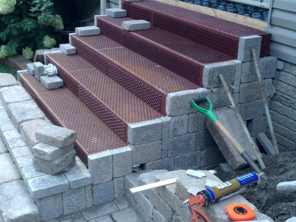 Paver Step Steel Frames